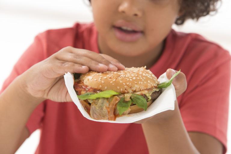 Obesità infantile e cibi fast-food!